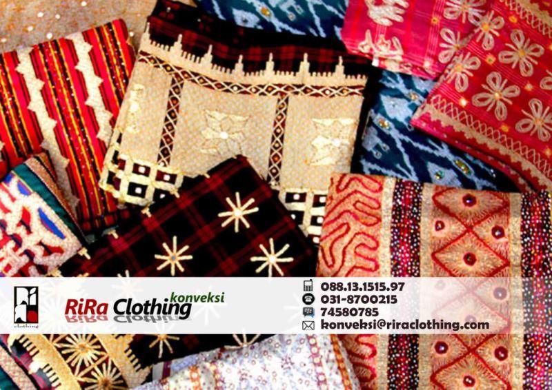 Menyelami Keindahan Kain Tapis Lampung Rira Clothing